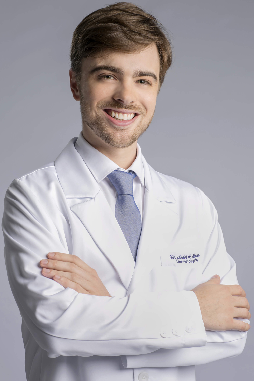 Dr. André Ricardo Adriano